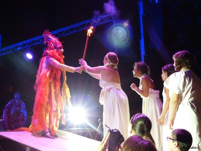 Festa dos Povos - Espetaculo do Fogo Sagrado (31)