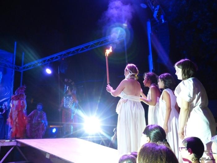 Festa dos Povos - Espetaculo do Fogo Sagrado (33)