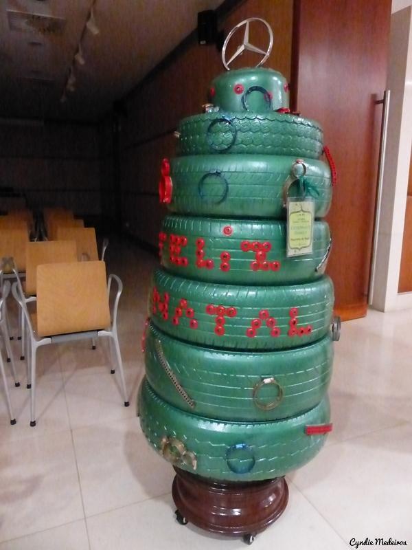 Arvores de Natal recicladas_Chaves (10)