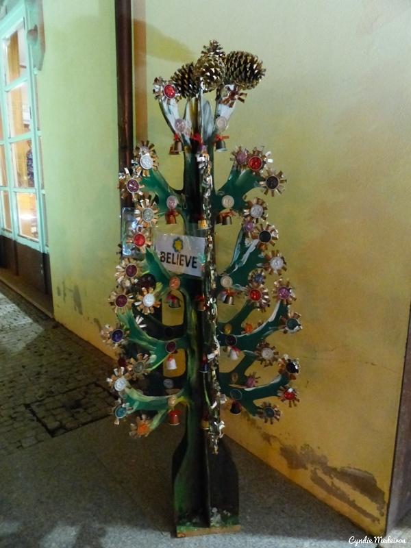 Arvores de Natal recicladas_Chaves (3)